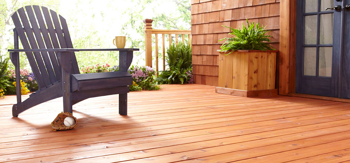 McCloskey TRUE BASICS DECK + SIDING STAINS in use